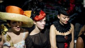 121004112534-prix-de-l-arc-de-triomphe-fashion-horizontal-gallery
