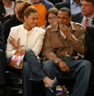 Beyonce and Jay Z at Knicks Game NYC