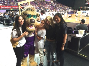 Sporty Chic with the Sydney Kings – What to wear to the basketball?