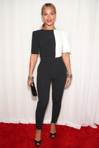 Beyonce-Pictures-Black-White-Jumpsuit-2013-Grammys