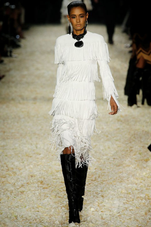tom-ford-fall-2015-runway-white-fringe-dress-h724
