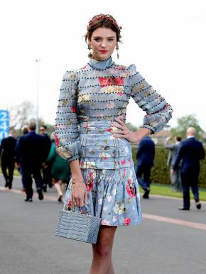 Spring Racing Carnival – What to wear this year? What to leave in the wardrobe?