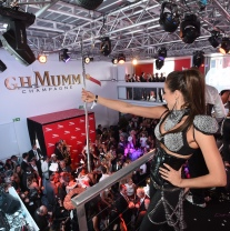 MUMM_DERBY DAY_LA FOLIE DOUCE (2)