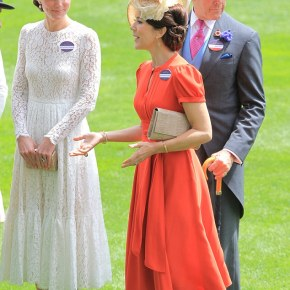Mary & Kate: stylish BFFs at Royal Ascot