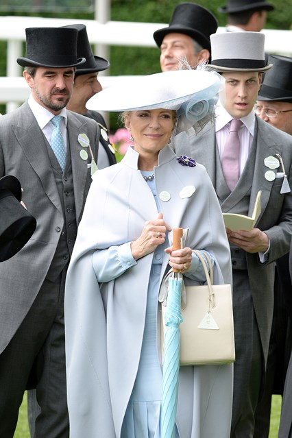 princess-michael-of-kent-ascot-vogue-17jun16-pa_b_426x639