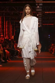 DKNY Fashion Show, Ready to Wear Collection Spring Summer 2017 in New York