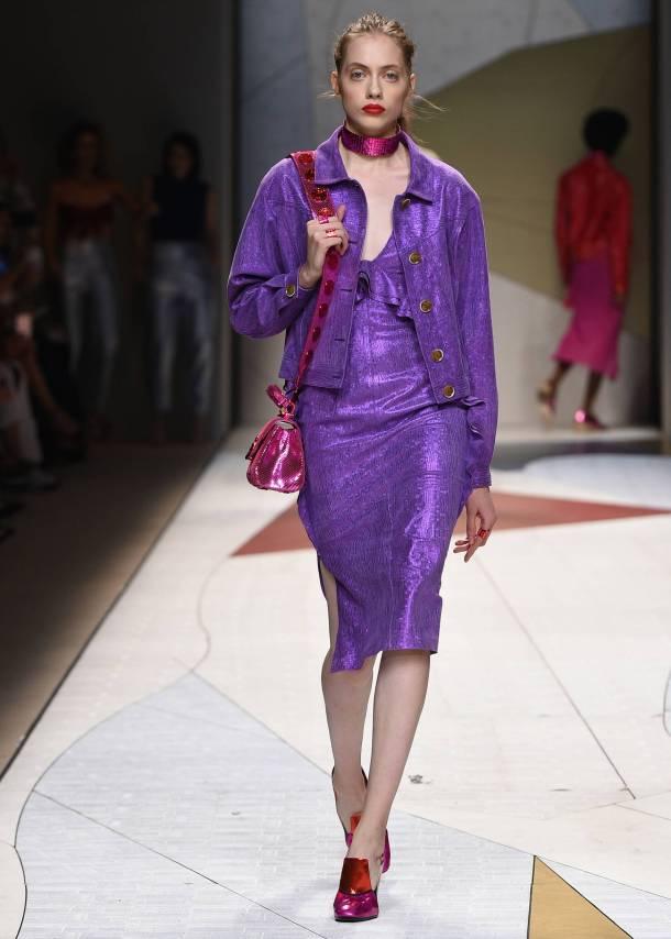 Model-Fashion-Show-Trussardi.jpg